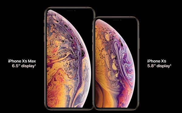 iPhone XS Max vs iPhone XS Display